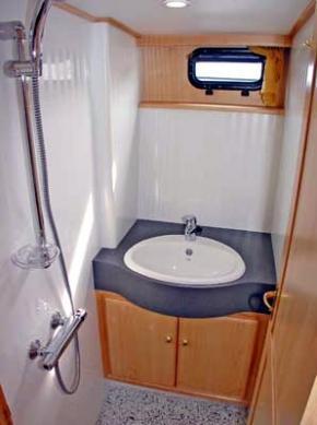 vacance 1200 se aqua marin hausboot urlaub bei city reiseb ro hell. Black Bedroom Furniture Sets. Home Design Ideas