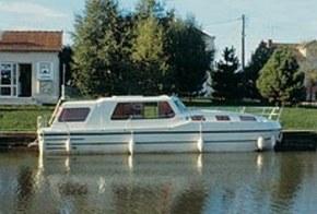 riviera 1130 hausboot urlaub bei city reiseb ro hell. Black Bedroom Furniture Sets. Home Design Ideas